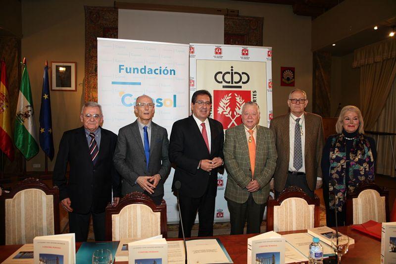 Firma de convenio entre la Real Academia de Córdoba y la Fundación Cajasol