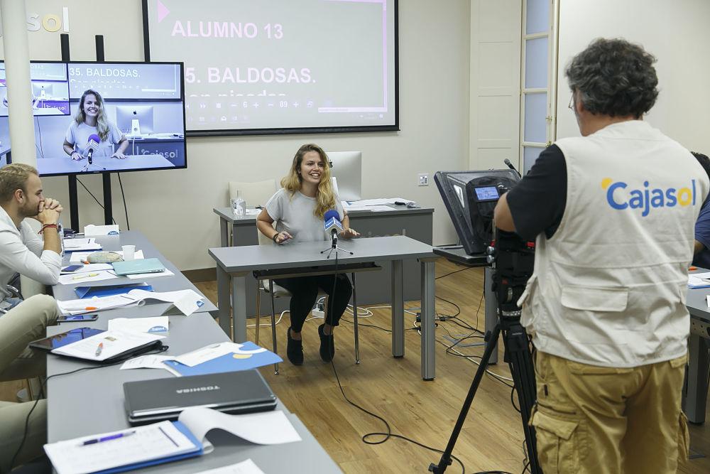 Becas para el curso de presentación y edición de informativos y espacios de entretenimiento de Atresmedia Formación en Sevilla