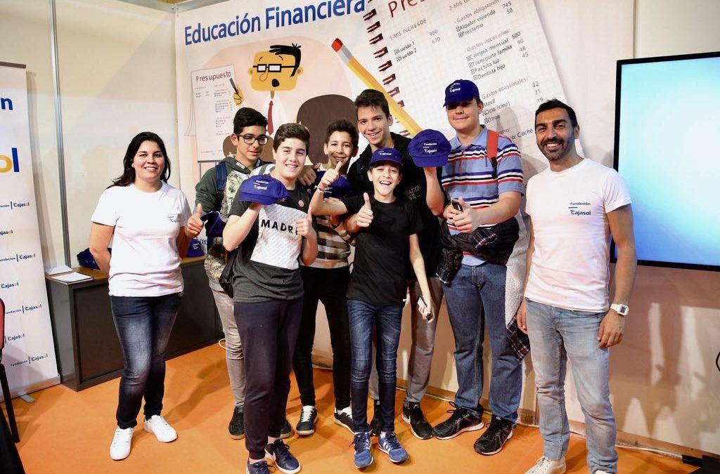 La Fundación Cajasol, presente en la XVI Feria de las Ciencias en Sevilla