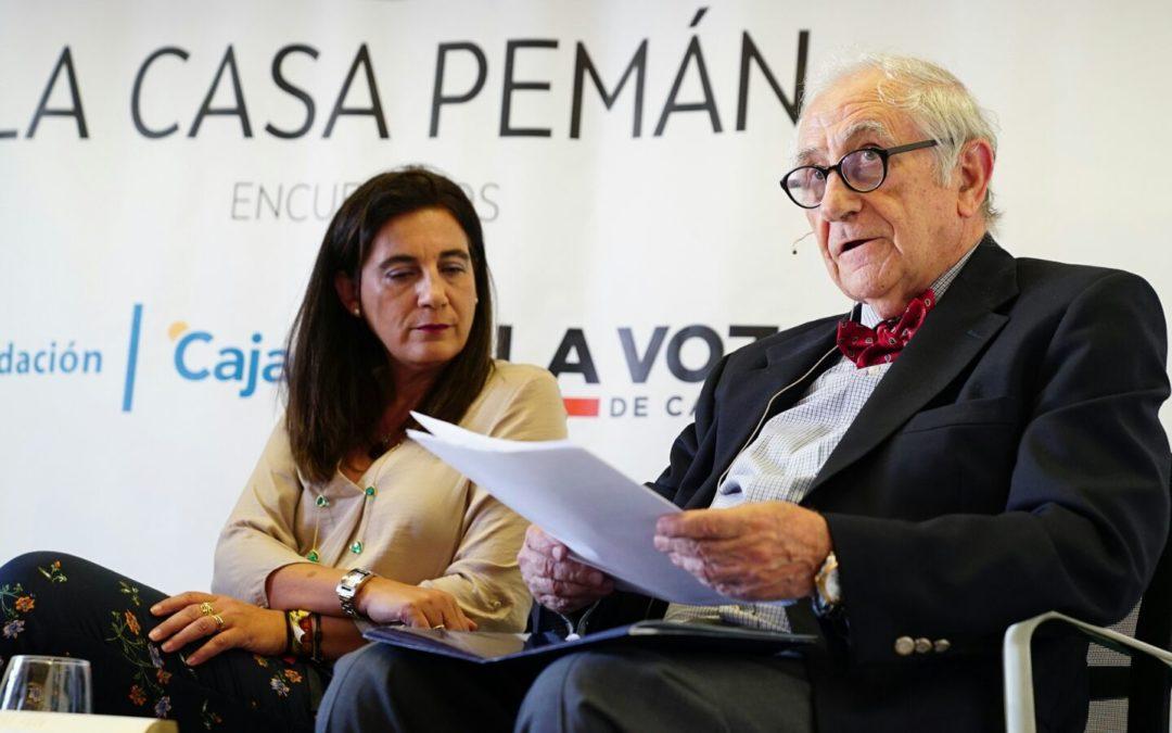 Inocencio Arias y Victoria Ash desgranan 'Poesía en el tiempo' desde Cádiz