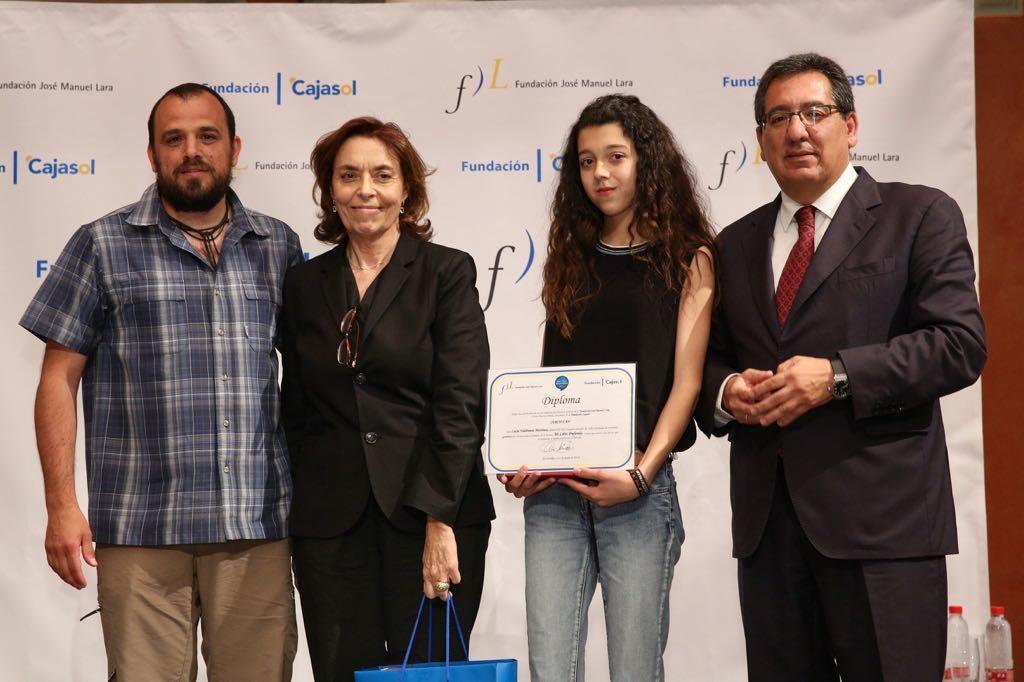 Lucía Valdivieso Martínez, ganadora del V concurso 'Mi libro preferido' en la provincia de Granada