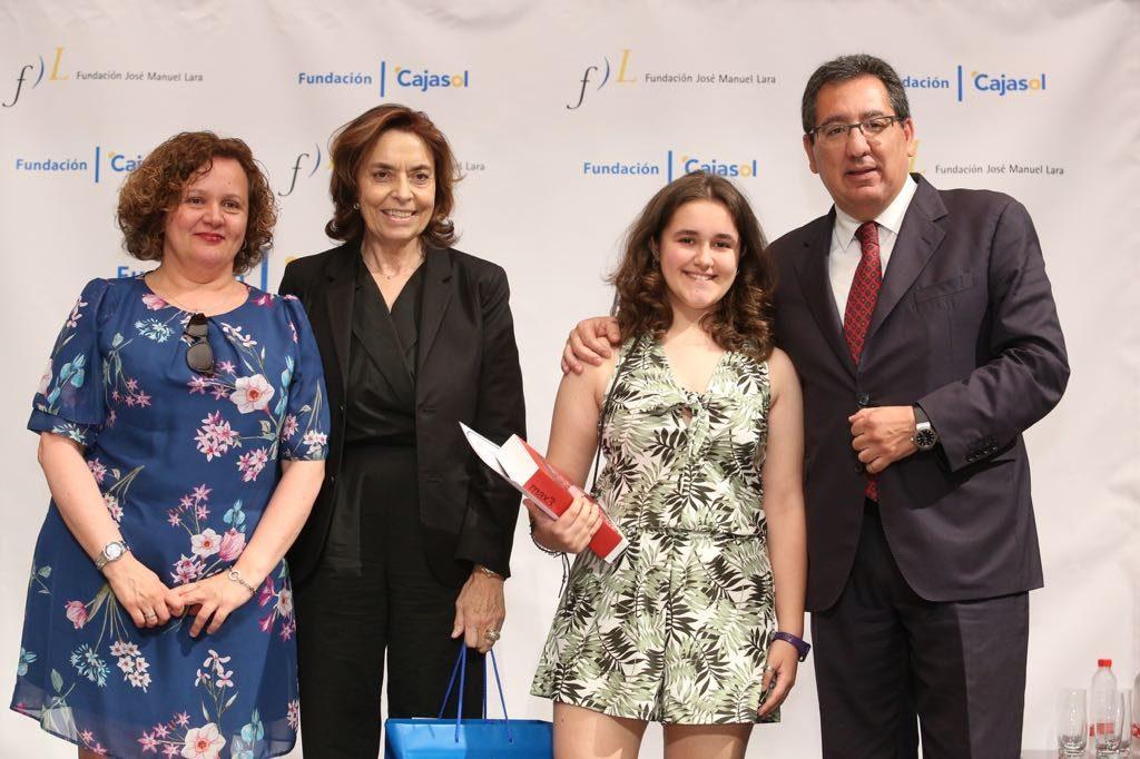 María Mañas Sáez, ganadora del V concurso 'Mi libro preferido' en la provincia de Almería