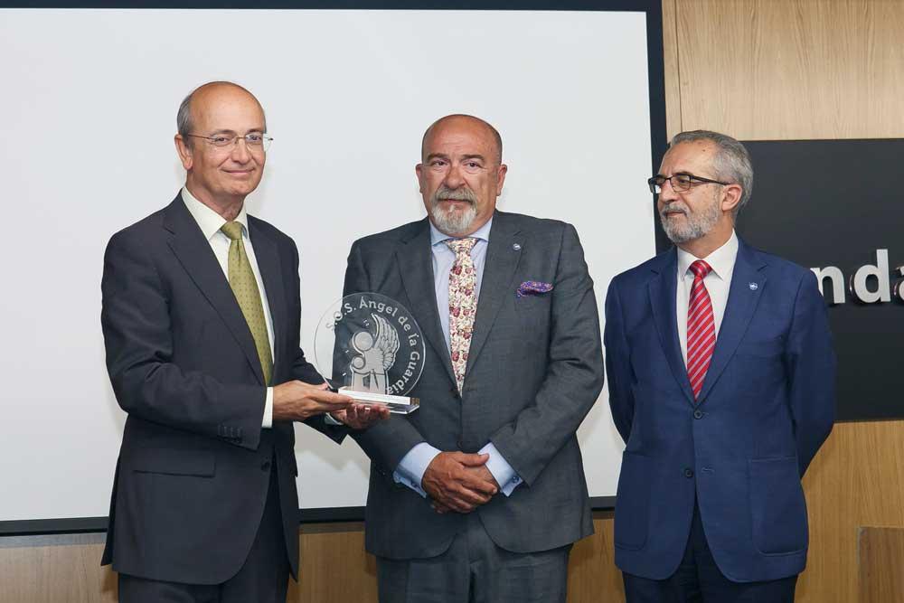 Entrega del IV Premio Ángel Solidario 'José María Trancoso' a la Fundación Cajasol
