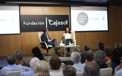 El Aula de Cultura de ABC se centra en la figura del Rey Felipe VI con Almudena Martínez-Fornés