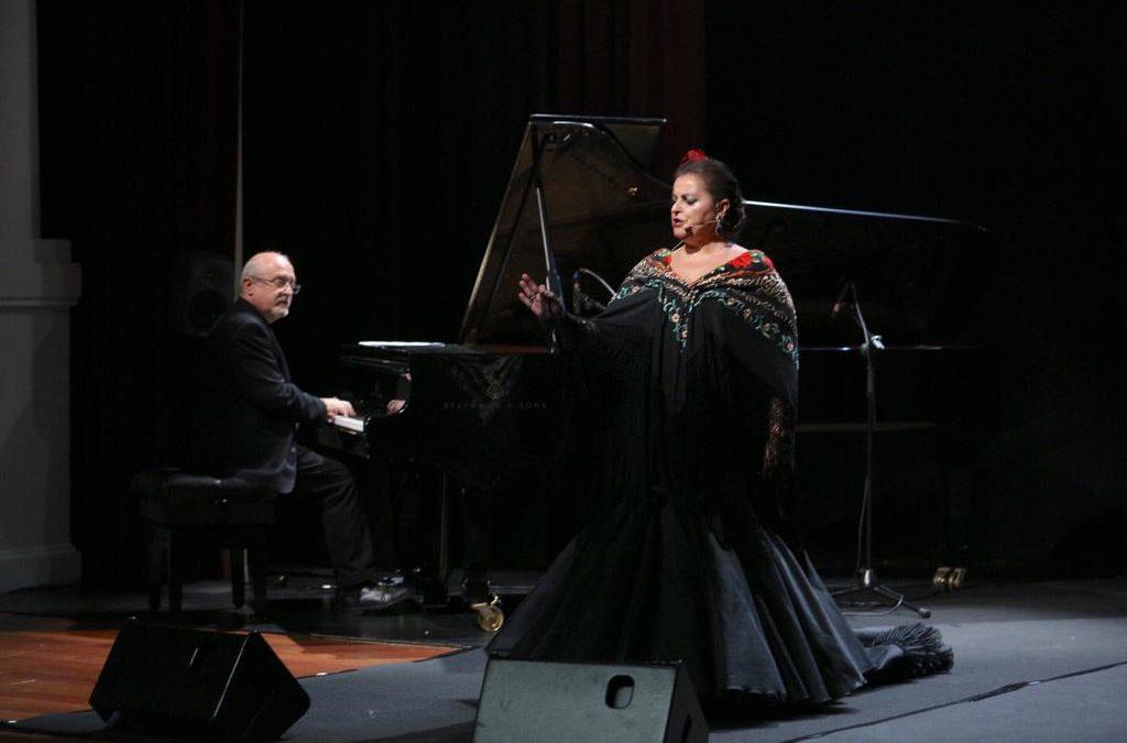Lola Reina brinda una 'Noche de Coplas' para culminar el ciclo 'Cita con las Músicas' 2018 en Sevilla