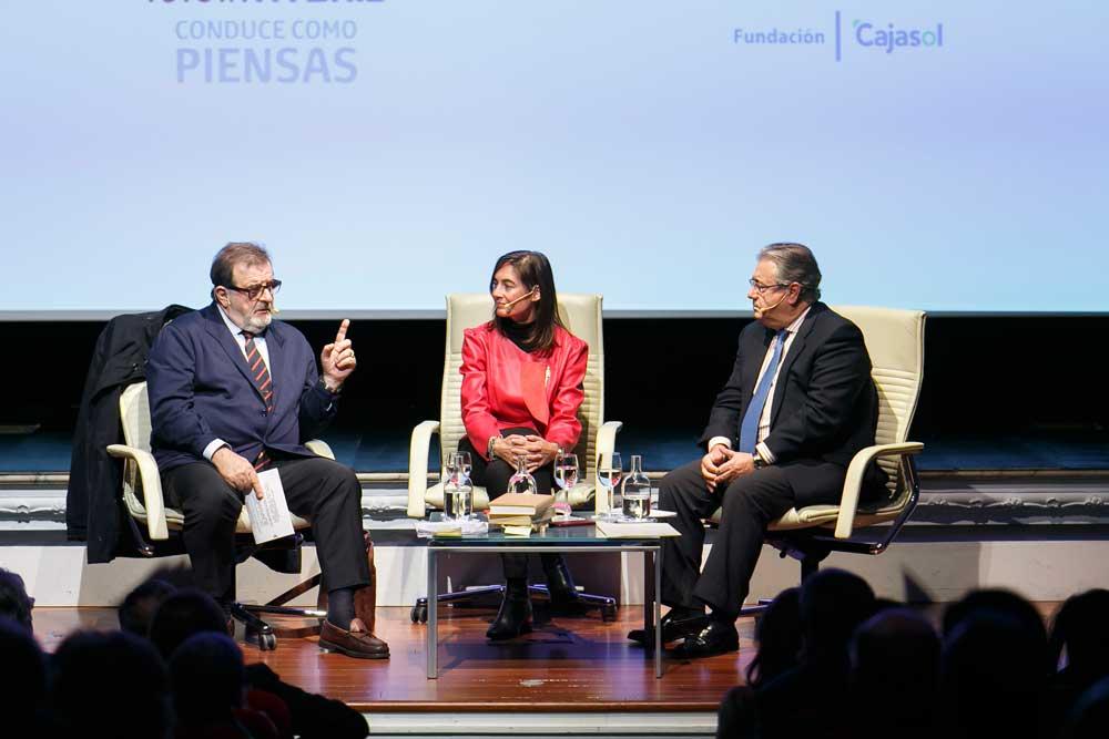 Rodriguez de la Borbolla, Eva Saiz y Juan Ignacio Zoido