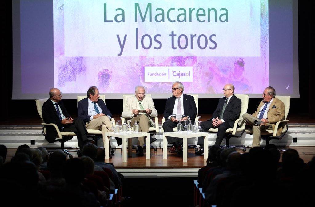 Cartel de lujo en la mesa redonda 'La Macarena y los toros' en Sevilla