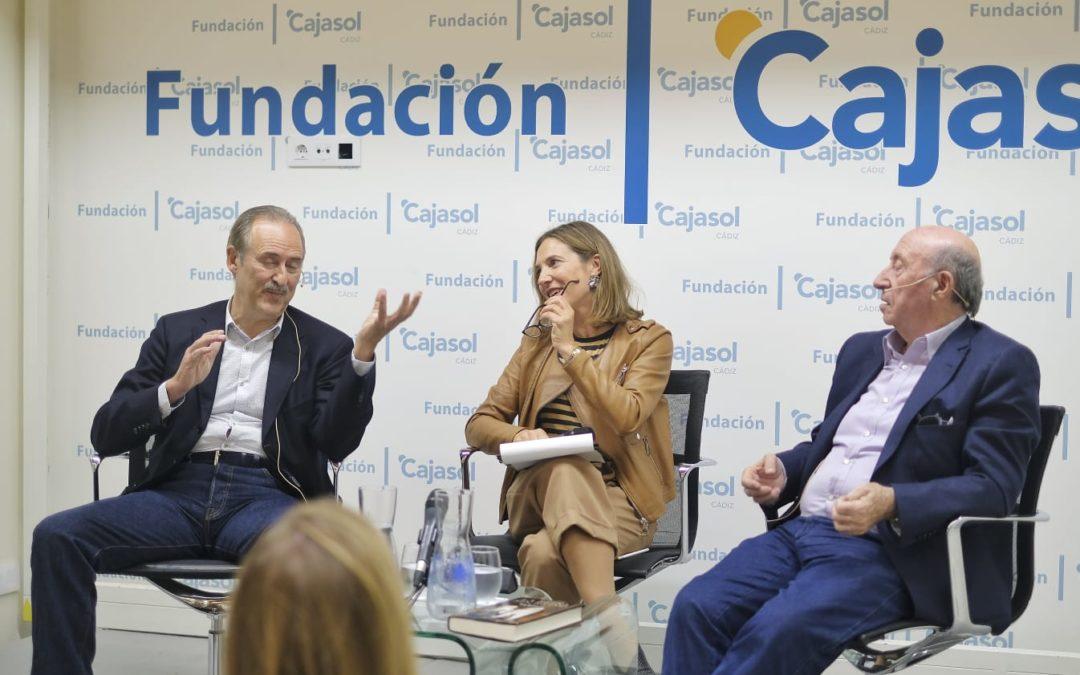 Jorge Molist y José María Pérez 'Peridis', en la II Semana de las Letras en Cádiz
