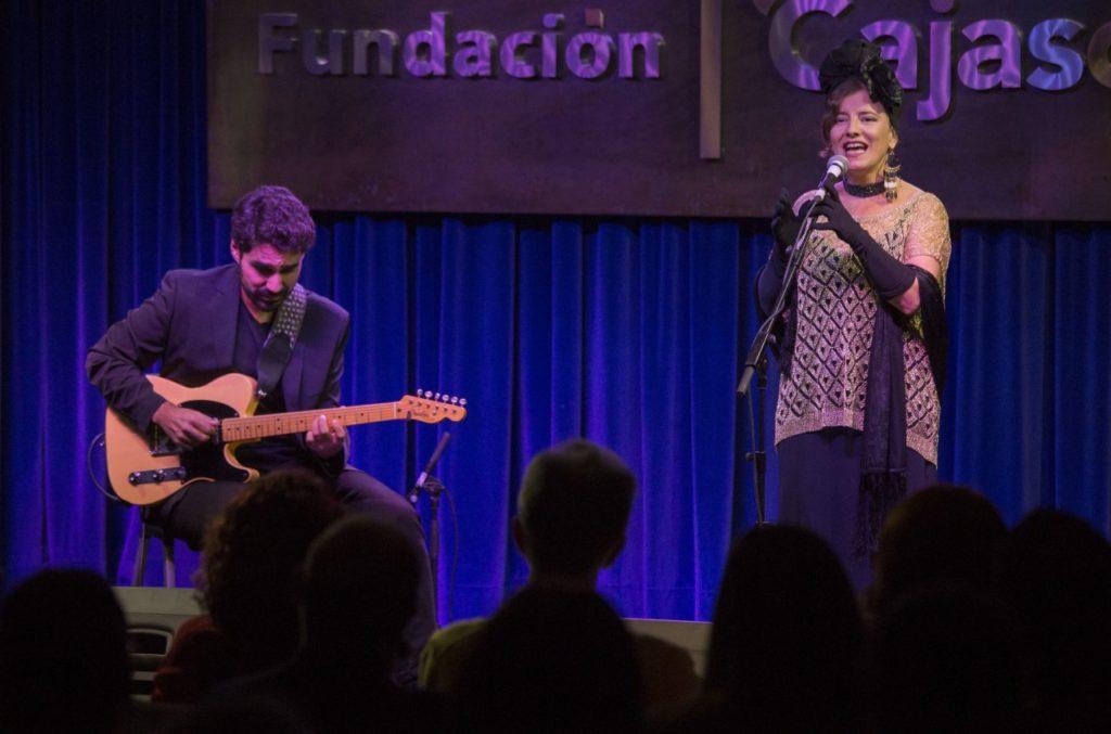 Amarela Jazz Dúo, durante su actuación en el II ciclo de Jazz en la Cuarta