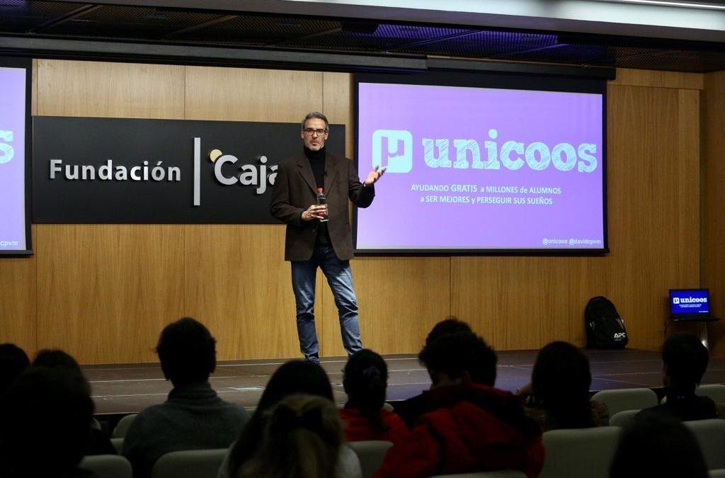 Encuentro con David Calle para cerrar el año en el ciclo 'Fundación Cajasol en Redes'