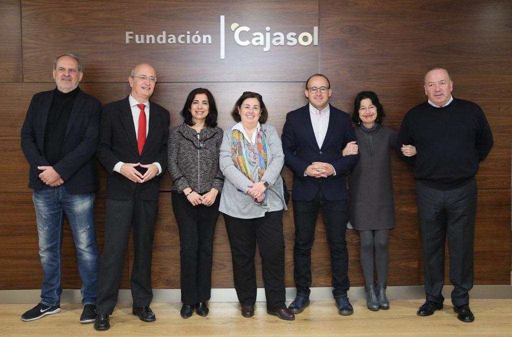 Lola Villar Lama recibe el XIV Premio Tesis Doctoral del Centro de Estudios Andaluces en la Fundación Cajasol