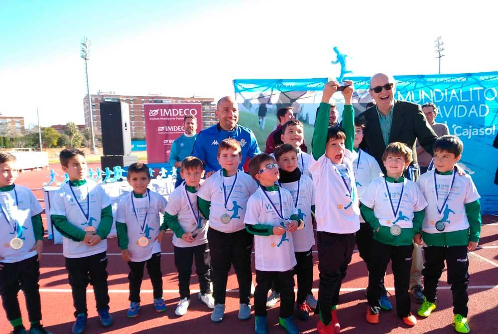 Más de 250 niños en el VII Mundialito de la Fundación Cajasol en Córdoba
