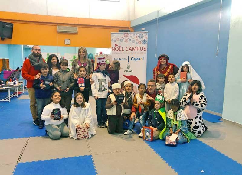 Diversión y solidaridad en los talleres navideños del proyecto 'Nöel Campus' en Sevilla, Cádiz y Huelva