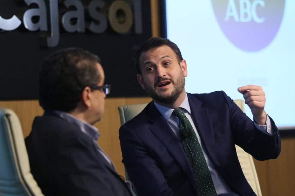 Juan Fernández en el Aula de Cultura de ABC de Sevilla