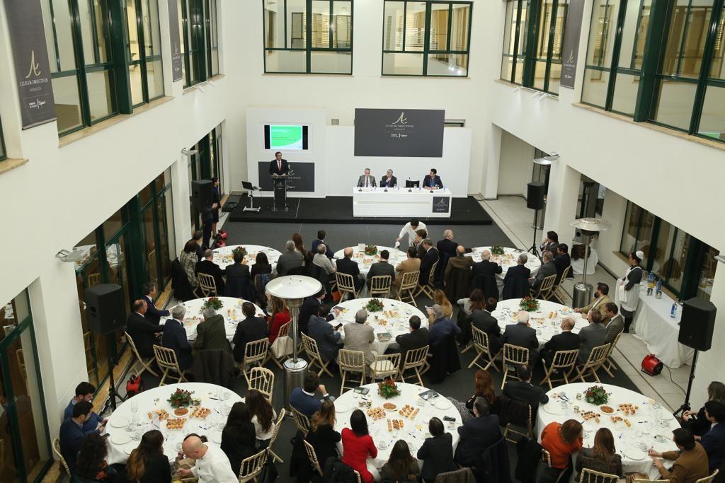 Amplia representación empresarial en el Club de Directivos Andalucía desde el Instituto de Estudios Cajasol
