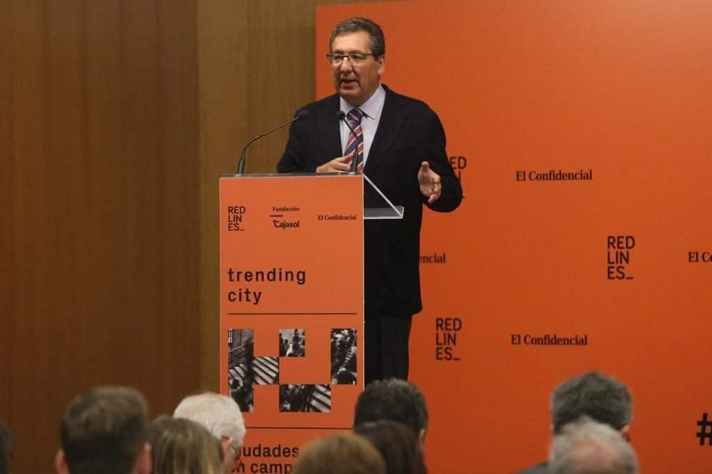 Antonio Pulido, durante su intervención en la jornada 'Trending City' desde la Fundación Cajasol