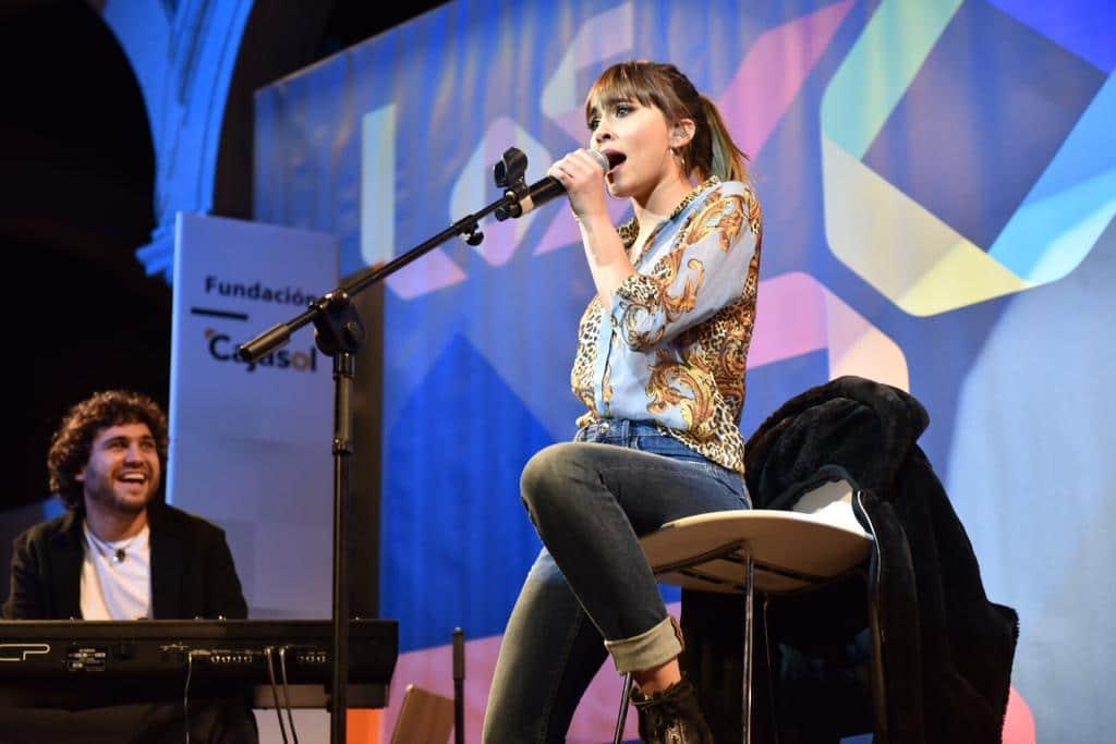 Los40 Stage en Sevilla: Concierto de Aitana en la Fundación Cajasol