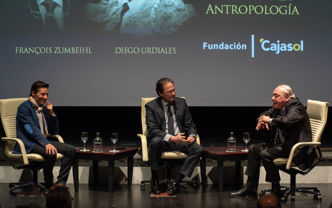 Urdiales y Zumbeihl: una mirada al toro desde la antropología en la Fundación Cajasol
