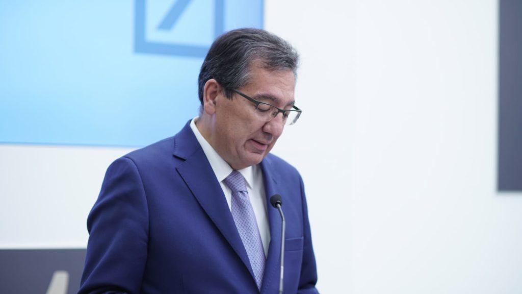 Antonio Pulido, durante su intervención en el Club de Directivos Andalucía con Hilario Albarracín