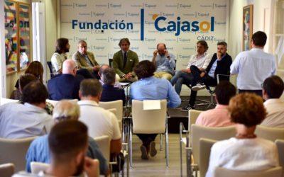 Charla-coloquio 'Otra mirada sobre el fútbol' en Cádiz