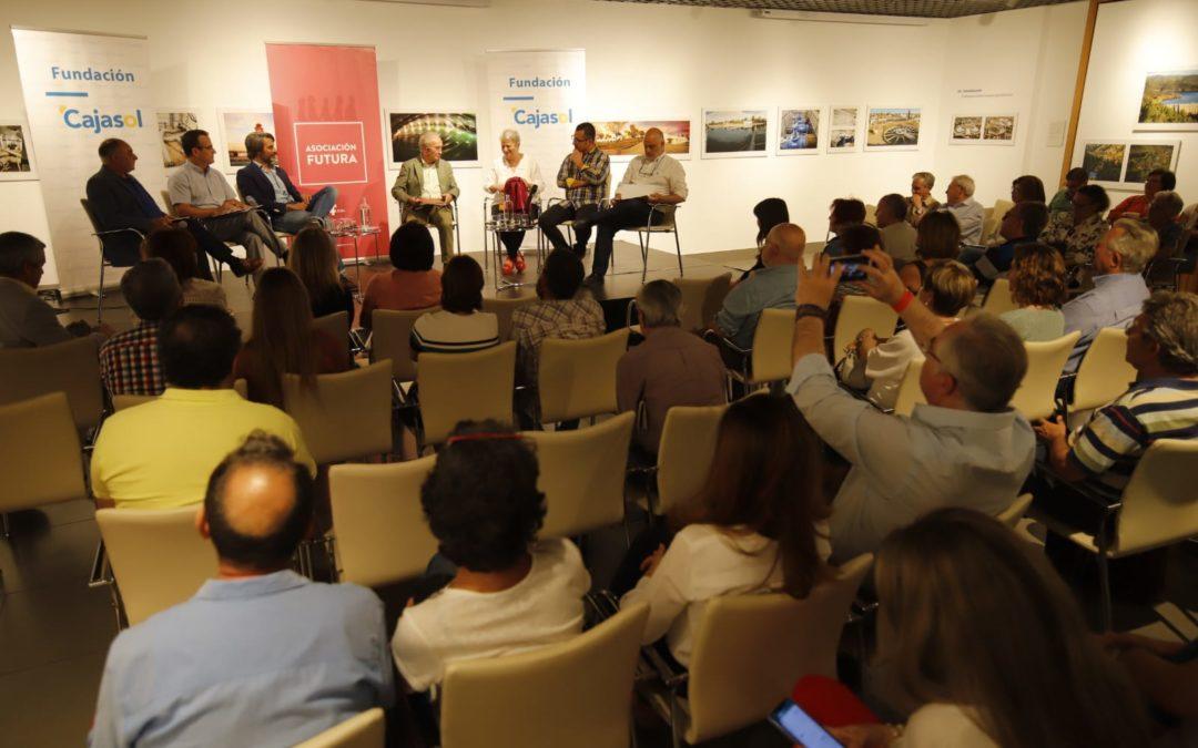 Córdoba Futura analiza los retos del pequeño comercio en la ciudad