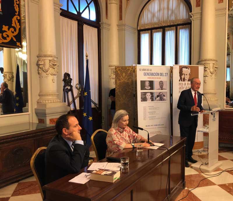 Francisco de la Torre inaugura la jornada '92 años de la Generación del 27' en el Ayuntamiento de Málaga