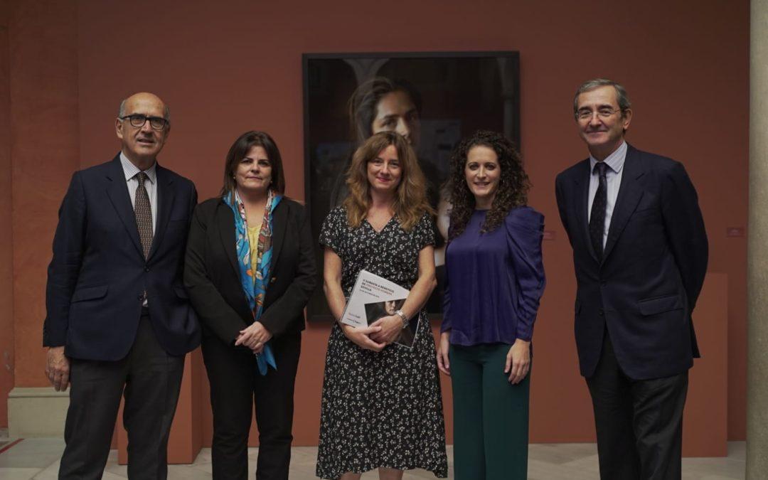 Exposición de pinturas y obras de arte a beneficio de Proyecto Hombre Sevilla en la Fundación Cajasol