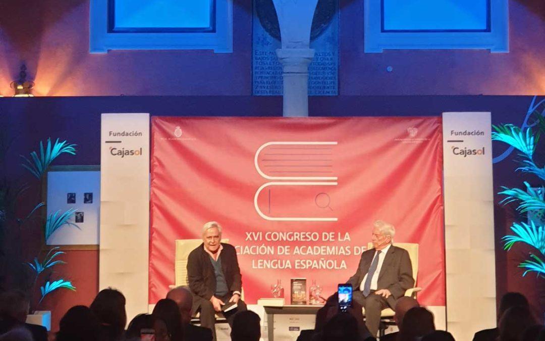 Pérez-Reverte culmina una excelente jornada cultural en el XVI Congreso de ASALE