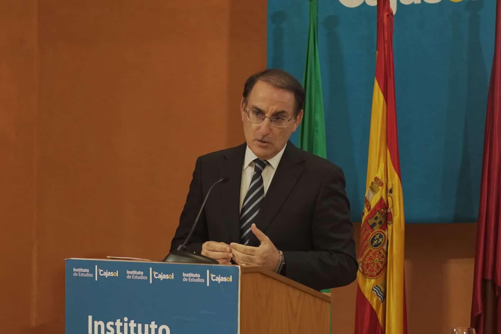 Javier González de Lara, en la inauguración del curso 2019-2020 del Instituto de Estudios Cajasol