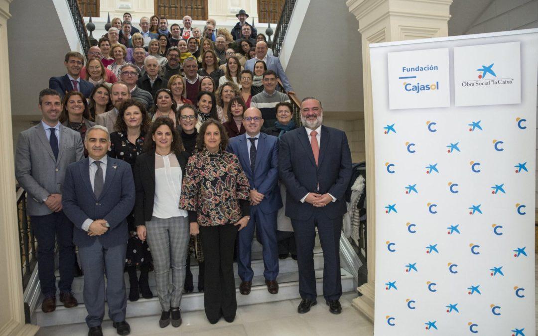 Más de 869.000 euros a 37 entidades sociales en Andalucía oriental con Fundación Cajasol y Obra Social 'la Caixa'