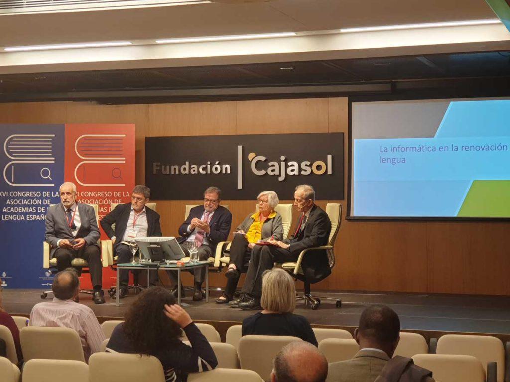 Mesa redonda 'Internet, ¿una amenaza para la unidad del idioma?'.Moderado por Juan Luis Cebrián (RAE) en la Fundación Cajasol