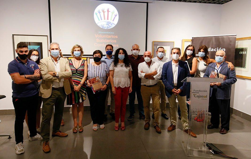 Homenaje a los voluntarios solidarios cordobeses en la Fundación Cajasol