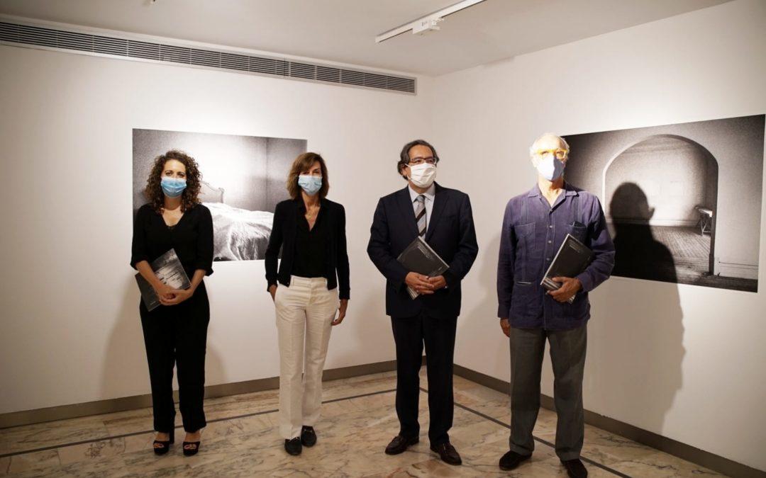 La Fundación Cajasol inaugura su temporada cultural de otoño en Sevilla con la exposición 'El tiempo vencido' de Anuca Aisa