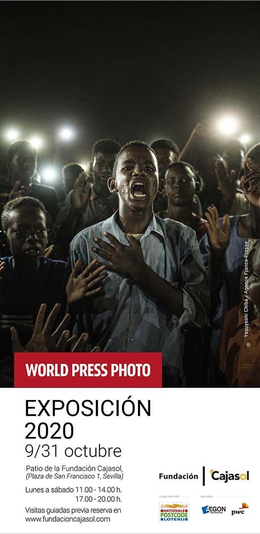 Cartel de la exposición World Press Photo 2020 en Sevilla