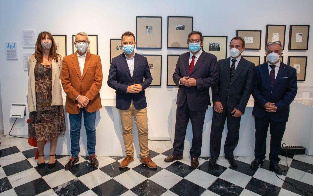 Inauguración de la exposición 'Los Nuestros. Un puente de palabras' en la sede de la Fundación Cajasol en Huelva