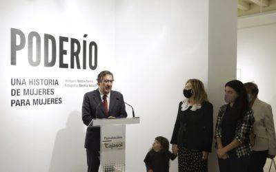 La Fundación Cajasol presenta la exposición 'Poderío. Una historia de mujeres para mujeres' en Cádiz
